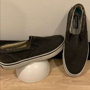 Sperry 11 black loafers